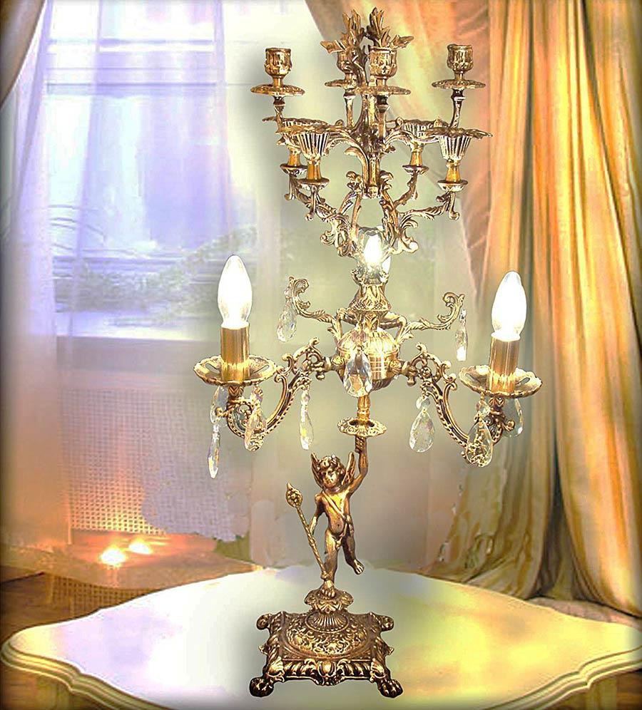 Настольная лампа с подсвечником