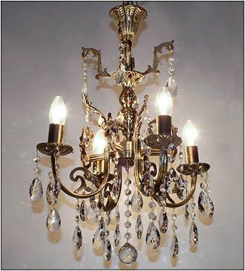 Подвесная бронзовая люстра 4 ламповая
