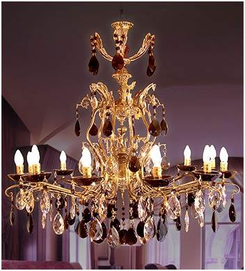 Люстра со статуэткой 12 ламп